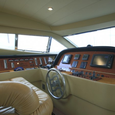 ferretti 59 bridge