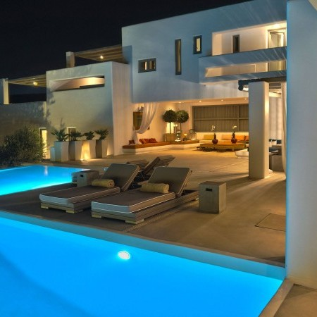 private pool night lights