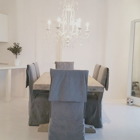 elia four dining table