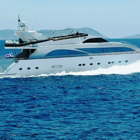 dream b luxury yacht