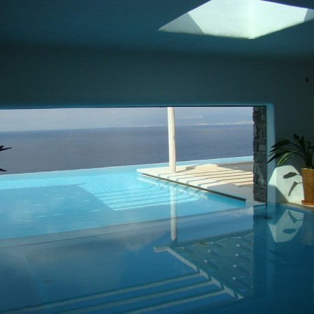 exceptional t shaped private pool