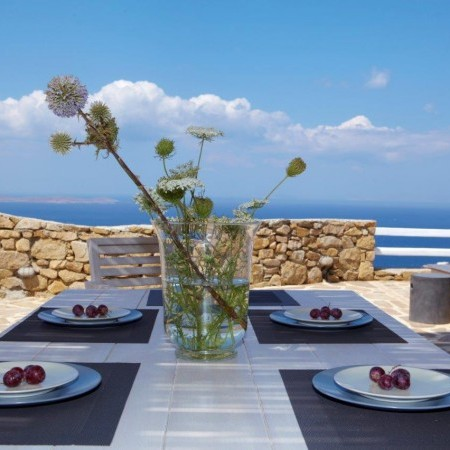 mykonos outdoor dining