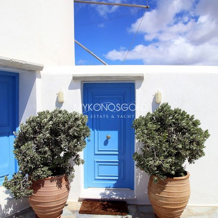 stay at a windmill in Mykonos