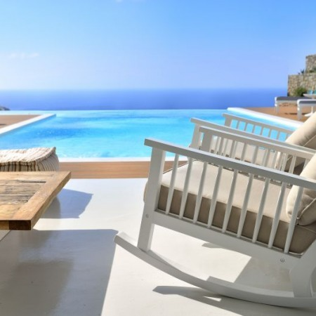 villa sky lounger by the pool