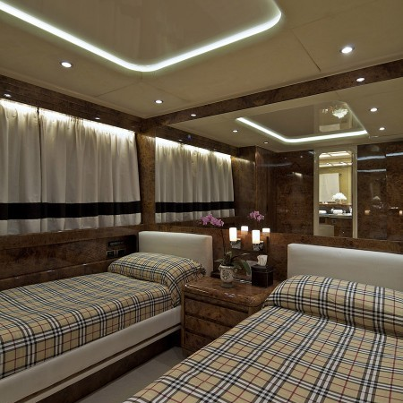 Obsesion twin cabin