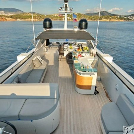 Obsesion super yacht charetr