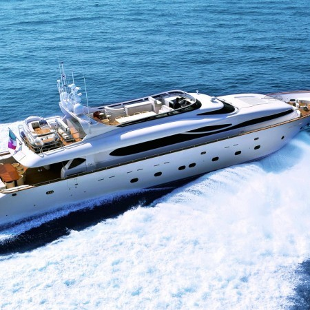 paris a luxury yacht