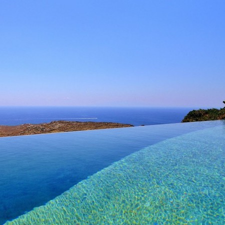 amazing infinity pool with salt water