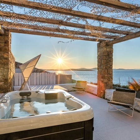Jacuzzi with sunset view