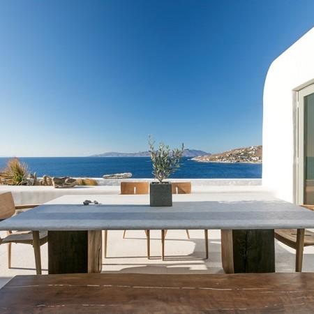 9 Bedroom Luxury Villa Rental