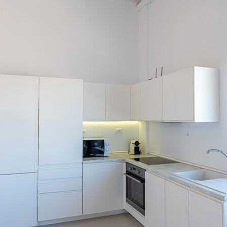 kitchen at villa Serpentine 1
