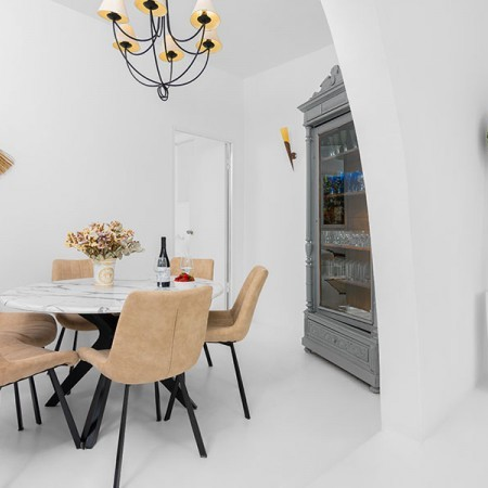 house indoor dining area