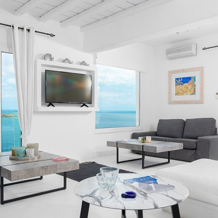 main living area of The Cloud