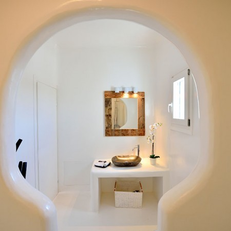 Cycladic decoration of the house