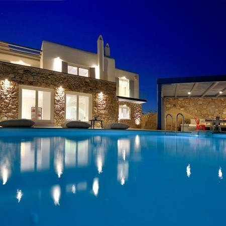 mykonos villa Basil 3 at night