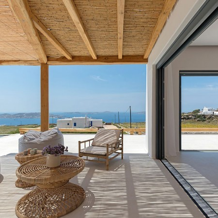 luxurious house in Mykonos for rent