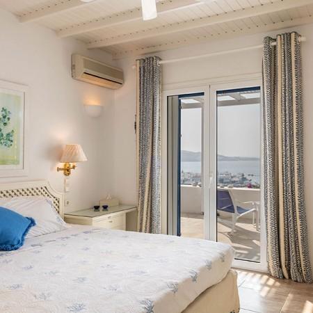 6 bedrooms villa for rent in Mykonos Town