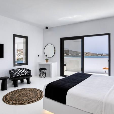 Luxury 6 Bedroom Villa in Mykonos close to Psarou
