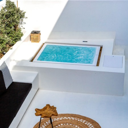 plug in Jacuzzi