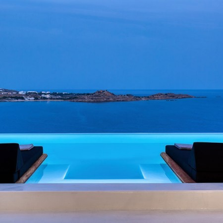 the pool lights
