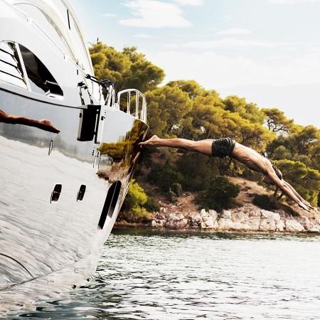 Blade 6 - 4 cabin yacht charter