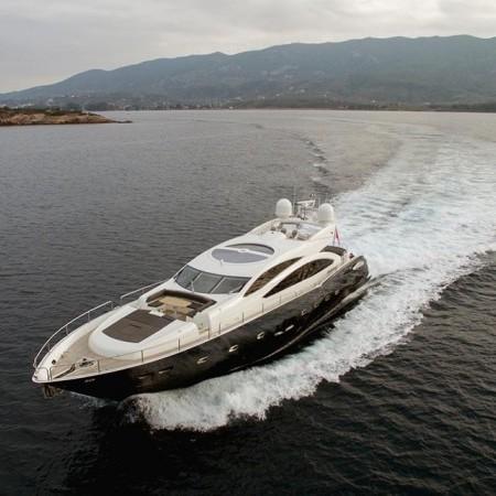 Blade 6 yacht