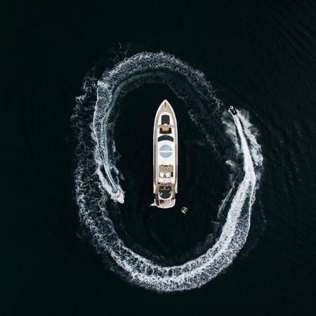 Blade 6 yacht charter Mykonos Greece