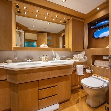 yacht double cabin