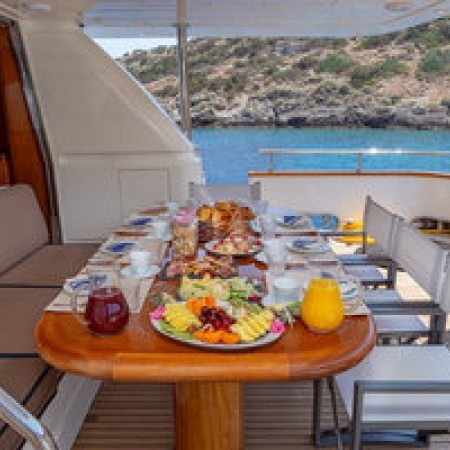 Efmaria yacht dining outdoor