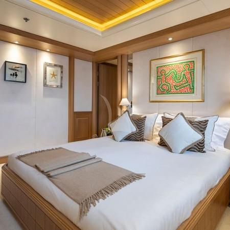 Marla yacht cabin cabin