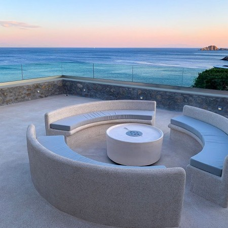house for rent with sea view