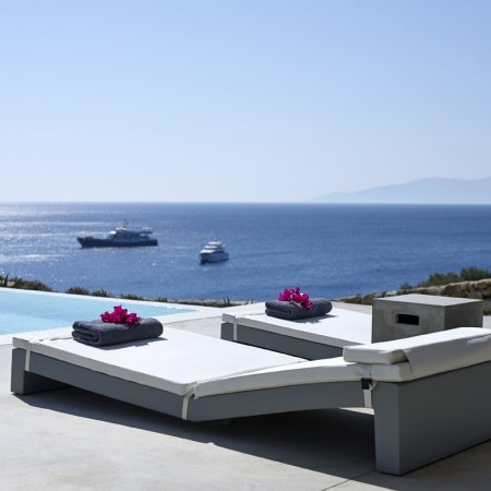 Villa Aegli pool and sea view