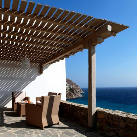 villa elzi outdoor lounge