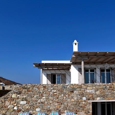 villa elzi exterior
