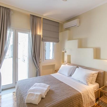 villa sea view double bedroom