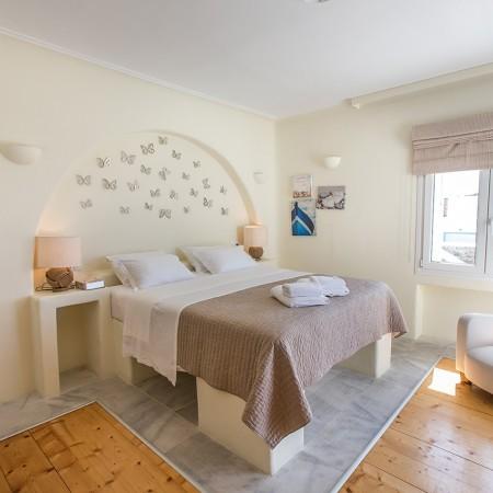 double bedroom upper level
