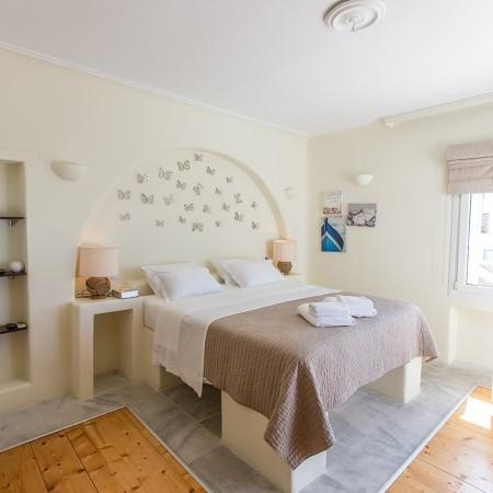villa endless view bedroom