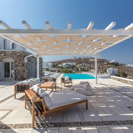 Villa endless view outdoor lounge