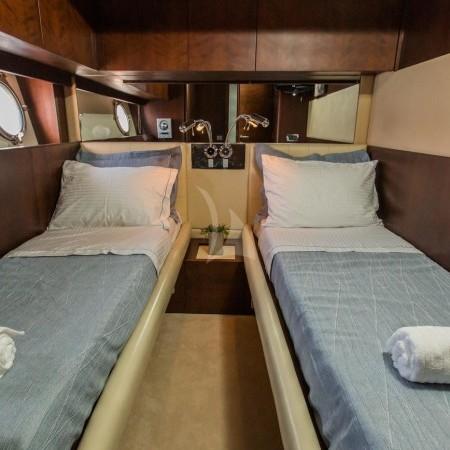 ulisse yacht twin cabin