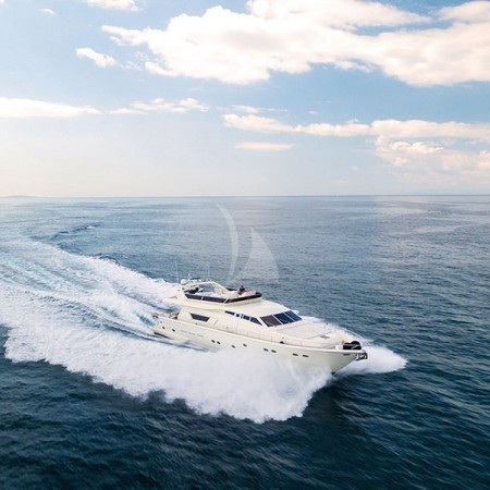 vento yacht charter