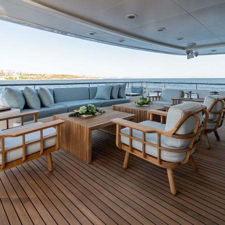 Vertigo Yacht deck