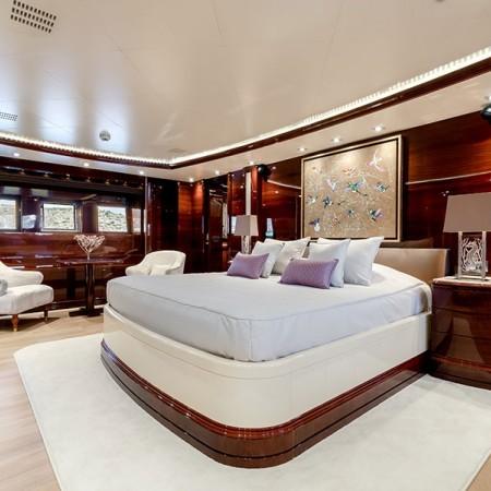 luxury yacht charter Mykonos