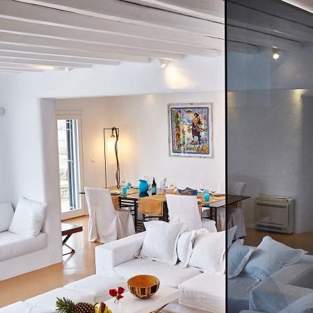 living room of villa rica