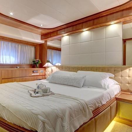 Aimilia yacht cabin