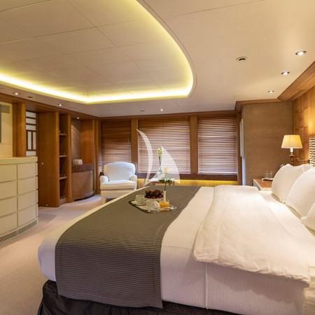 Alexandra yacht cabin