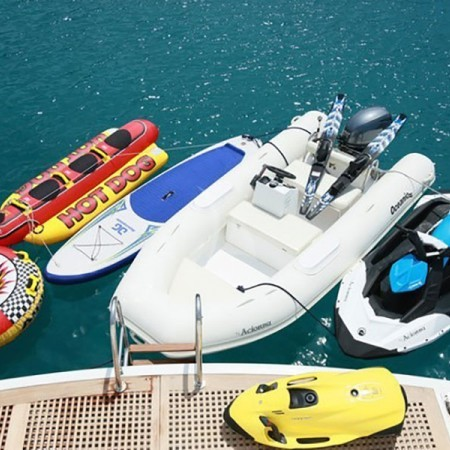 Acionna yacht toys and equipment