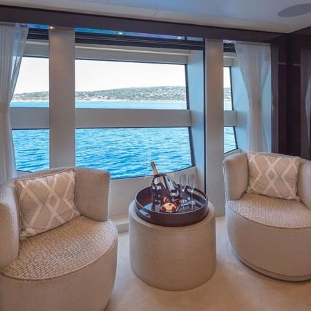 Aqua Libra 131 Yacht living area