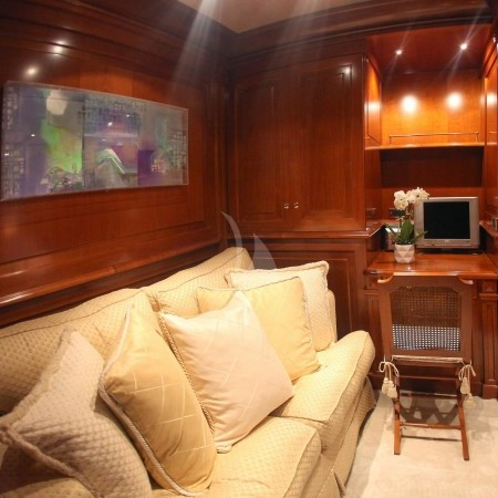 aquila yacht Greece