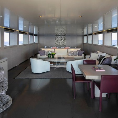 billa superyacht salon