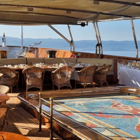 yacht charter in Greece for parties and events